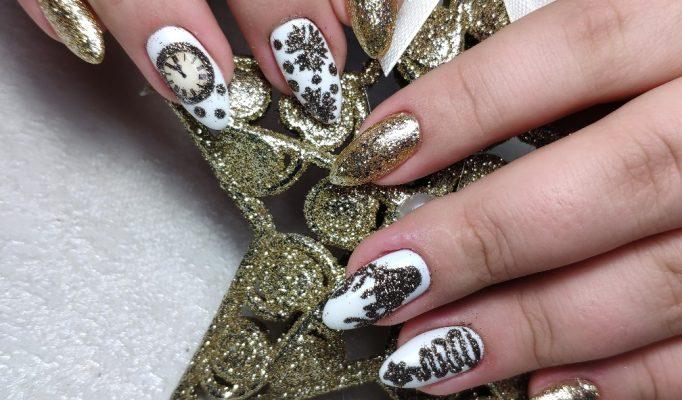 Рисунки на ногтях акриловыми красками